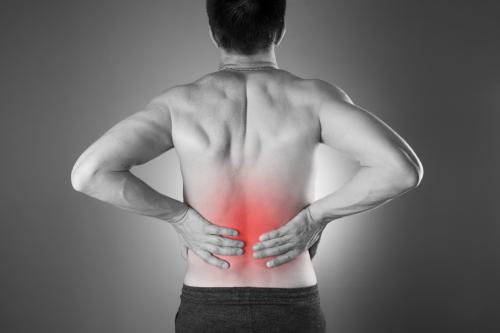 ostéopathie contre la douleur de dos